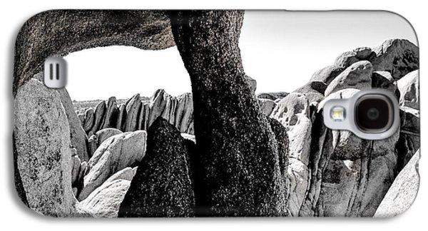 Boulders Joshua Tree Galaxy S4 Case by Keith Ducker