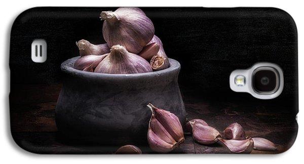 Bowl Of Garlic Galaxy S4 Case by Tom Mc Nemar