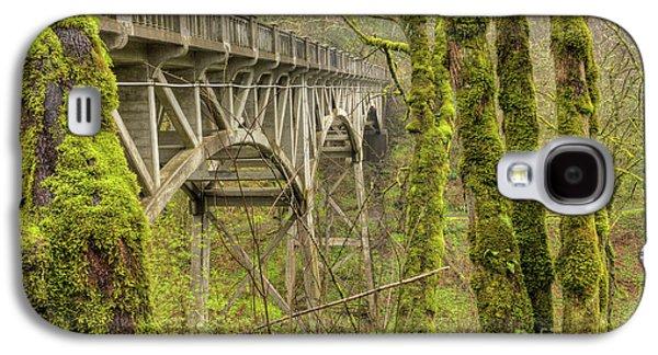 Bridge At Latourell Falls Oregon Galaxy S4 Case by Dustin K Ryan