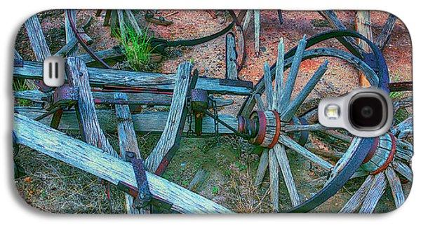 Broken Down Wagon Galaxy S4 Case by Garry Gay