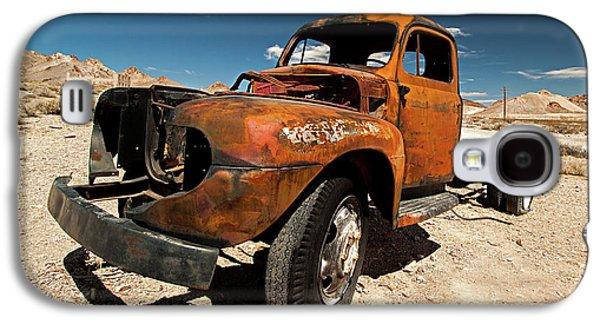 Broken Truck Galaxy S4 Case by Christian Hallweger