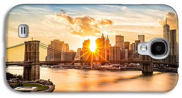Skyline Galaxy S4 Case - Brooklyn Bridge And The Lower Manhattan Skyline At Sunset by Mihai Andritoiu