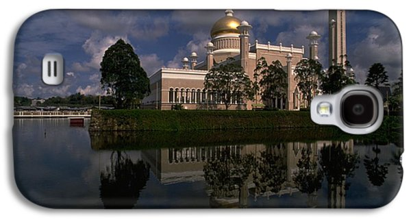 Brunei Mosque Galaxy S4 Case by Travel Pics