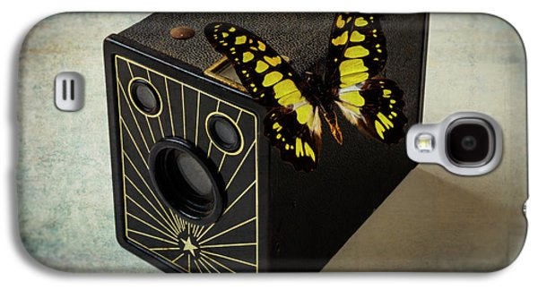 Butterfly On Old Camera Galaxy S4 Case