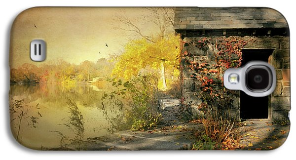 Cabin On The Reservoir Galaxy S4 Case