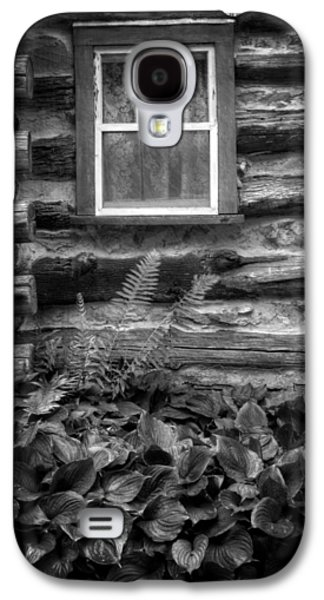 Cabin Window In Black And White Galaxy S4 Case by Greg and Chrystal Mimbs