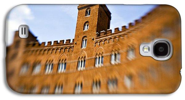 Sienna Italy Galaxy S4 Cases - Campo of Siena tuscany Italy Galaxy S4 Case by Marilyn Hunt