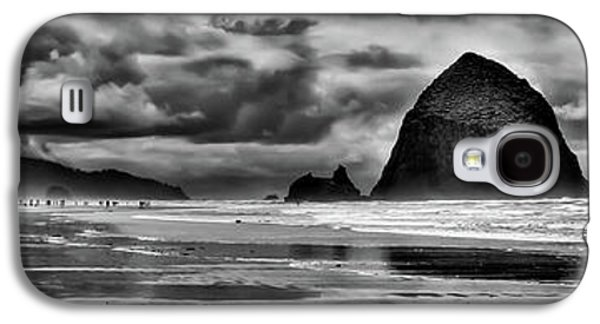 Cannon Beach Panorama II Galaxy S4 Case by David Patterson