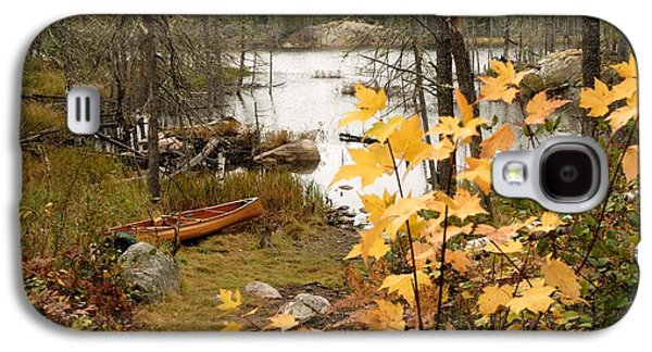 Canoe At Little Bass Lake Galaxy S4 Case by Larry Ricker