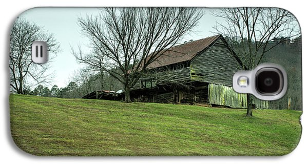 Cantilever Barn Sevier County Tennessee Galaxy S4 Case by Douglas Barnett