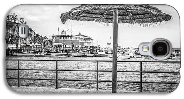 Catalina Island Umbrella In Black And White Galaxy S4 Case by Paul Velgos