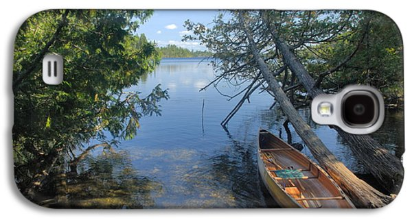 Cedar Strip Canoe And Cedars At Hanson Lake Galaxy S4 Case by Larry Ricker