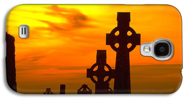 Celtic Crosses In Graveyard Galaxy S4 Case by Carl Purcell