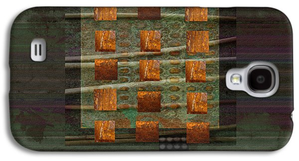 Centering Galaxy S4 Case by Ann Powell