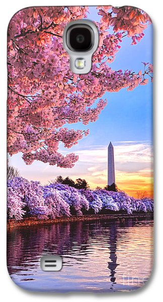 Washington Monument Galaxy S4 Case - Cherry Blossom Festival  by Olivier Le Queinec