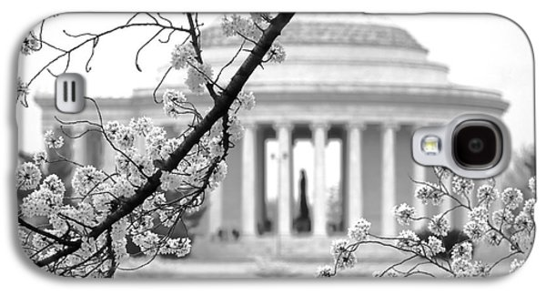 Cherry Tree And Jefferson Memorial Elegance  Galaxy S4 Case by Olivier Le Queinec