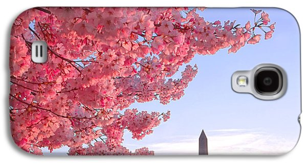 Cherry Tree And The Washington Monument  Galaxy S4 Case by Olivier Le Queinec