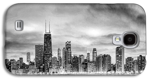 Chicago Gotham City Skyline Black And White Panorama Galaxy S4 Case by Christopher Arndt