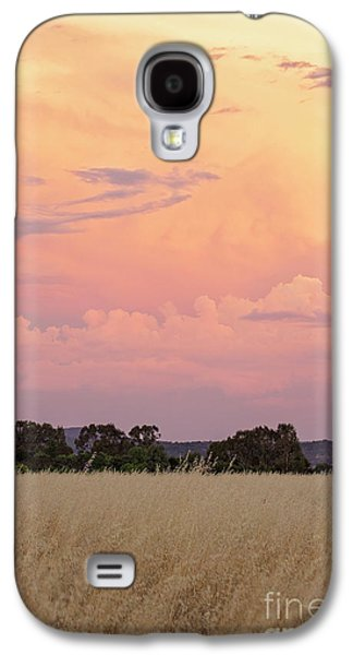 Galaxy S4 Case featuring the photograph Christmas Eve In Australia by Linda Lees