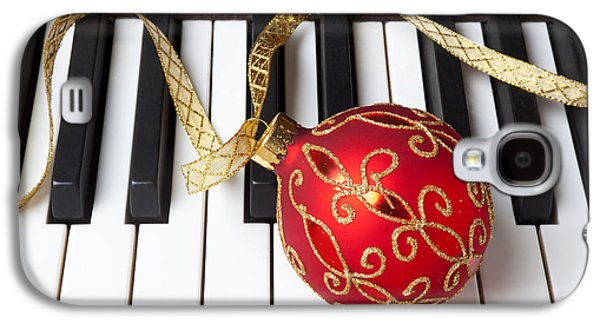 Christmas Ornament On Piano Keys Galaxy S4 Case