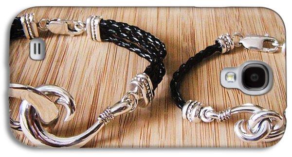 Circle Hook Bracelet Galaxy S4 Case