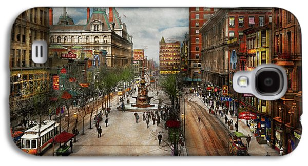 City - Cincinnati Oh - Tyler Davidson Fountain 1907 Galaxy S4 Case by Mike Savad