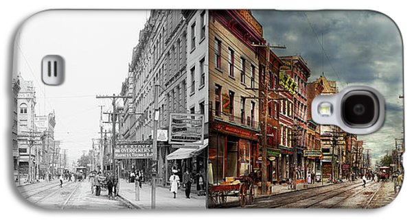 City - Poughkeepsie Ny - The Ever Changing Market Place 1906 - Side By Side Galaxy S4 Case by Mike Savad