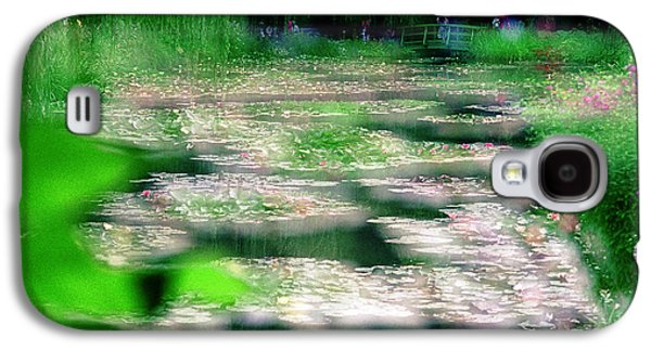 Galaxy S4 Case featuring the photograph Claude Monets Water Garden Giverny 1 by Dubi Roman