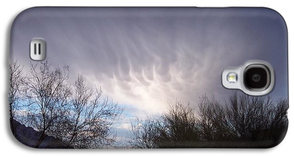 Clouds In Desert Galaxy S4 Case by Mordecai Colodner