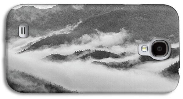 Galaxy S4 Case featuring the photograph Clouds In Valley, Sa Pa, 2014 by Hitendra SINKAR