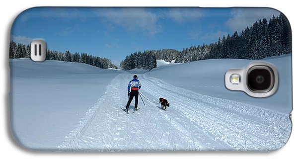 Competitor In The Belgium Sleigh Dog Championships Galaxy S4 Case by Neil Harrison