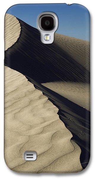 Desert Galaxy S4 Case - Contours by Chad Dutson