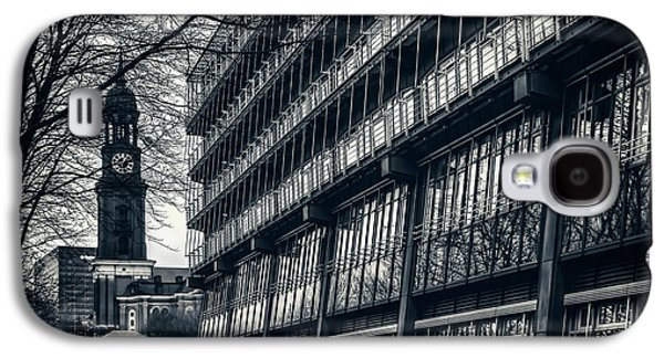 Contrasting Architecture Of Hamburg  Galaxy S4 Case by Carol Japp