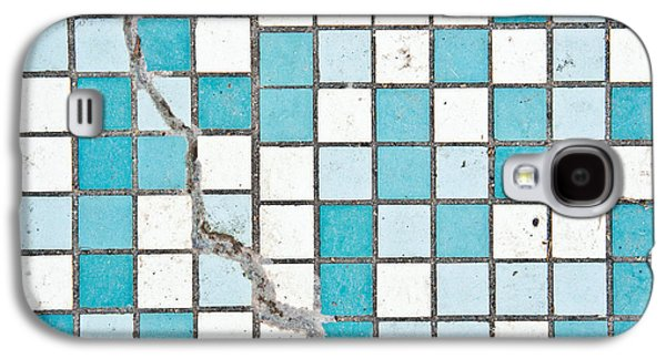 Cracked Tiled Surface Galaxy S4 Case by Tom Gowanlock