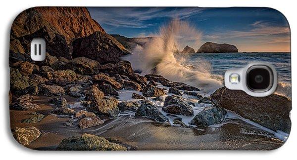Crashing Waves On Rodeo Beach Galaxy S4 Case by Rick Berk