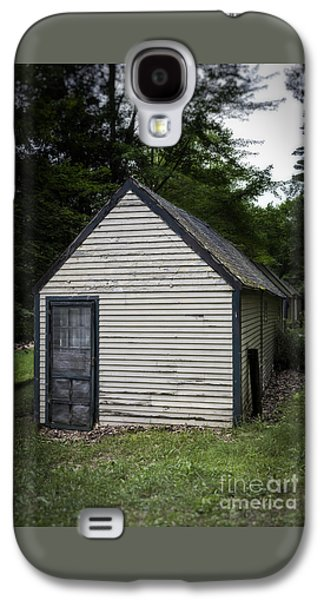 Creepy Old Cabins Galaxy S4 Case by Edward Fielding