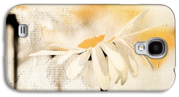 Daisyday - 56at01 Galaxy S4 Case by Variance Collections