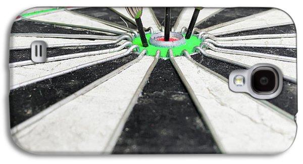 Dartboard Galaxy S4 Case by Tom Gowanlock