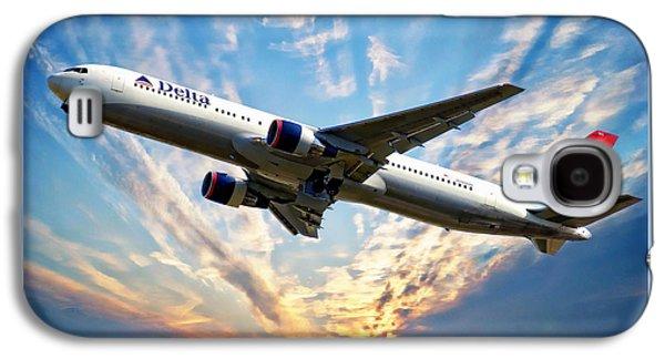International Travel Galaxy S4 Case - Delta Passenger Plane by Anthony Dezenzio