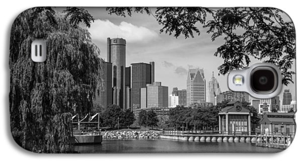 Detroit Skyline And Marina Black And White  Galaxy S4 Case by John McGraw