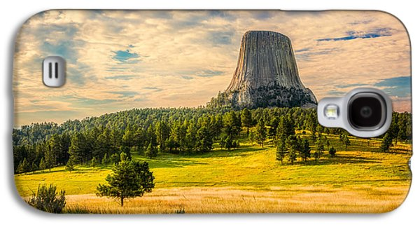 Galaxy S4 Case featuring the photograph Devil's Tower - The Other Side by Rikk Flohr