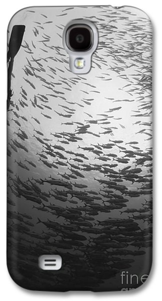Diver And A Large School Of Bigeye Galaxy S4 Case