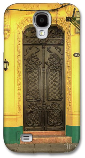Doors Of Cuba Yellow Door Galaxy S4 Case by Wayne Moran