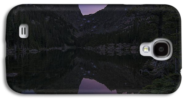 Galaxy S4 Case featuring the photograph Dream Lake Reflections by Gary Lengyel
