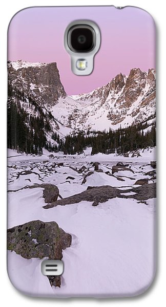 Galaxy S4 Case featuring the photograph Dream Lake Winter Vertical by Aaron Spong