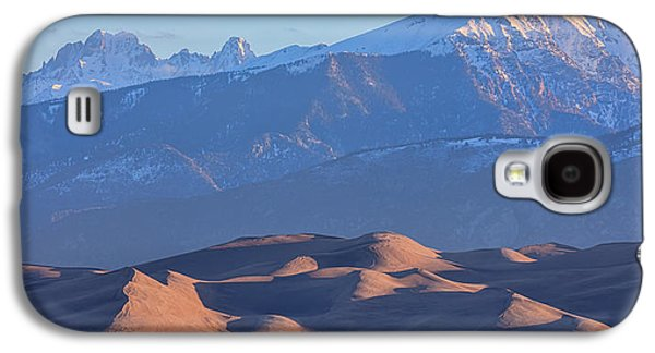 Early Morning Sand Dunes And Snow Covered Peaks Galaxy S4 Case by James BO Insogna
