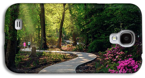 Galaxy S4 Case - Earyl Morning Walk Through Honor Heights Park by Tamyra Ayles