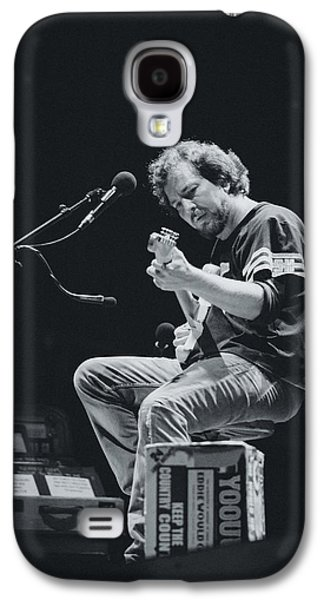Eddie Vedder Playing Live Galaxy S4 Case by Marco Oliveira