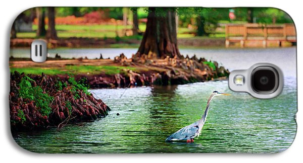Galaxy S4 Case - Heron At Honor Heights by Tamyra Ayles