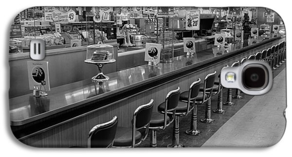 Empty Diner, C.1950-60s Galaxy S4 Case by H. Armstrong Roberts/ClassicStock